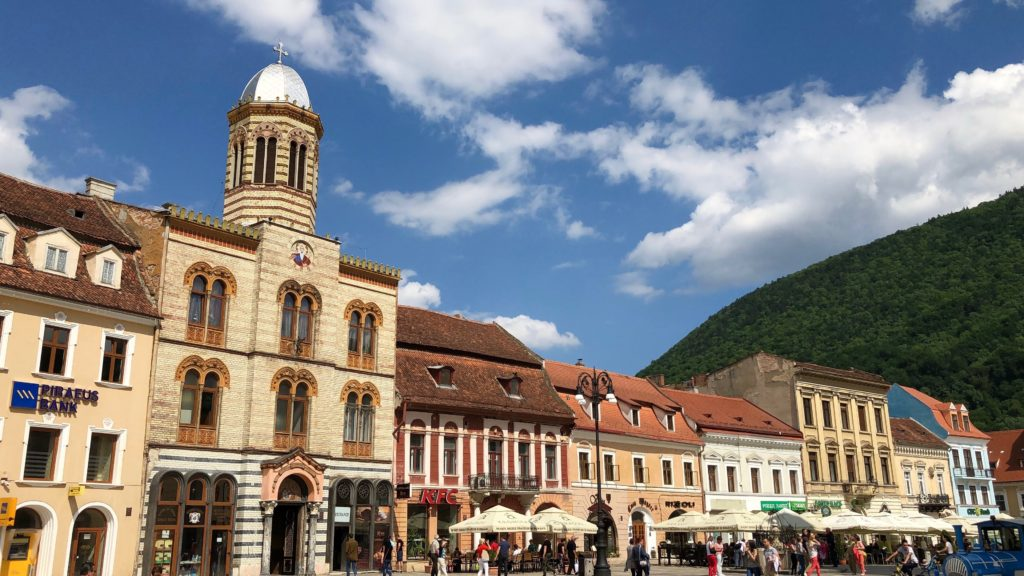 where to eat in brasov